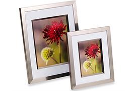 Brass' or 'Nickel' photo frames